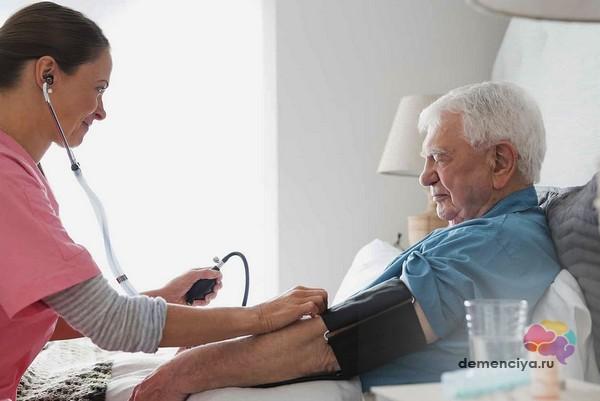 Повышенное давление при деменции