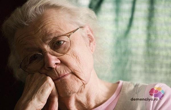 Симптомы начальной стадии деменции и ее лечение